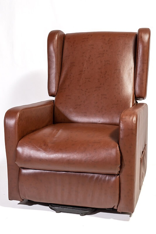 brown lift out arm chair for elderly